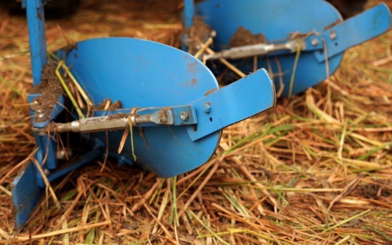 2new reversible m b plough